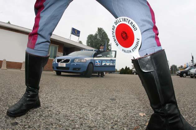 Incidente con lo scooter: è senza patente, multa da 5.000 euro per un 15enne