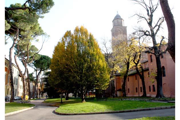 Il Consiglio comunale chiede di riqualificare i giardini di San Domenico