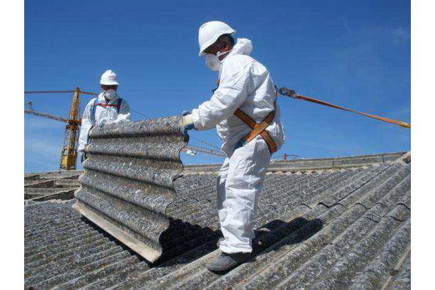 Amianto, oltre 7.000 tonnellate di eternit rimosso da tetti e immobili privati