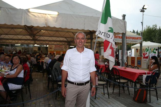 """Pd, festa nazionale dell'Unità a Imola, Raccagna (segretario): """"Contento di questo regalo"""""""
