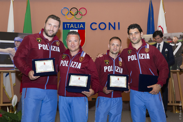 """Raduno gruppi sportivi """"Polizia di Stato – Fiamme Oro"""", premiato Andrea Minguzzi"""