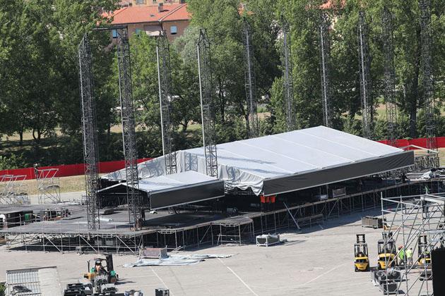Guns N' Roses a Imola, da stasera vietati superalcolici e vetro nel raggio di 500 metri