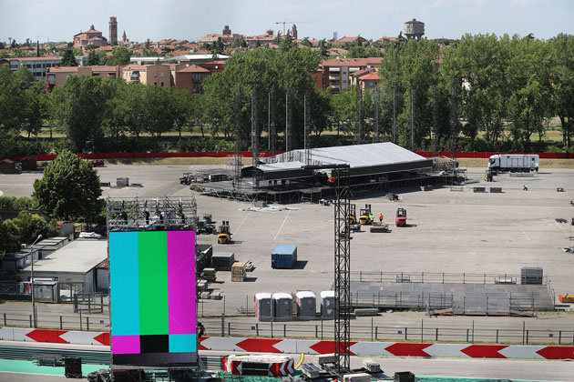 Guns N' Roses a Imola, 2500 prenotazioni per i camping, Tiro a Segno esaurito