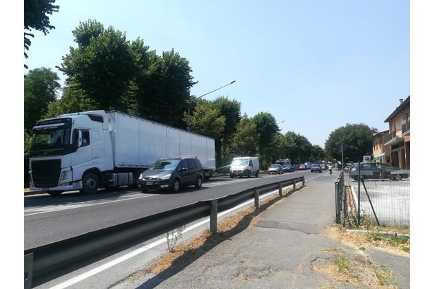Incidente in A14, lunghe code anche in via Selice, Emilia e San Carlo, situazione in parte migliorata