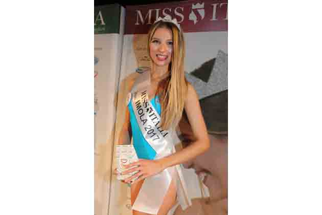 «Miss Imola» è la cesenate Vittoria Coll. All'imolese Silvia Turrini la fascia «Miss Interflora»