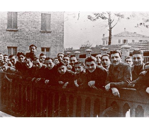 1942, costretti ad aspettare Mussolini