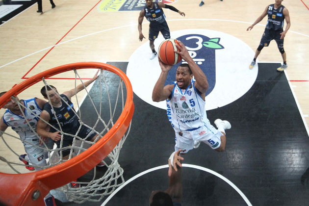 David Bell da Sassari all'Andrea Costa