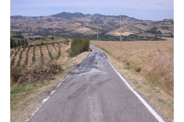 Il Consorzio Bonifica Renana ha consolidato un tratto dissestato di via Monte del Re a Dozza