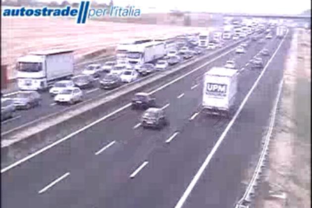 Incidente in A14 tra Imola e Castello: un morto, tre feriti, uscita consigliata a San Lazzaro con rientro a Imola