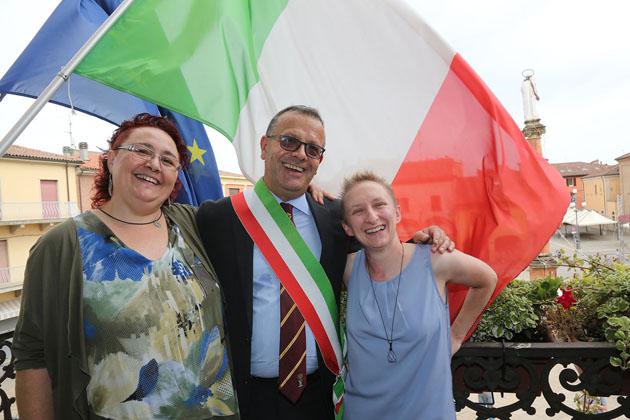 """Unioni civili, 18 coppie dello stesso sesso si sono """"sposate"""" tra circondario di Imola e Ozzano"""