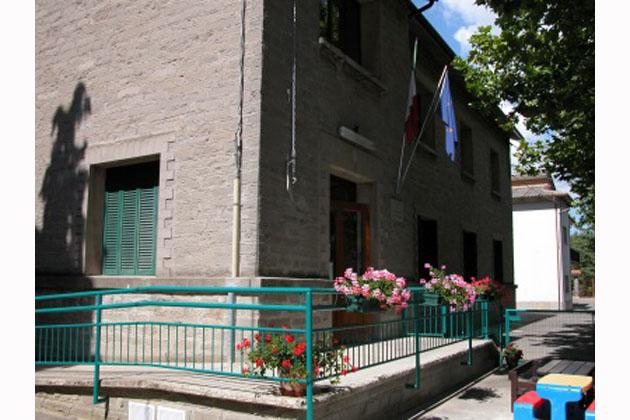 Lavori nella scuola di Sassoleone, bimbi trasferiti al centro civico
