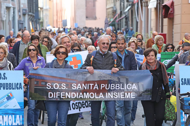 """In difesa della sanità, oltre 2300 firme e un confronto diretto tra cittadini e """"addetti ai lavori"""""""