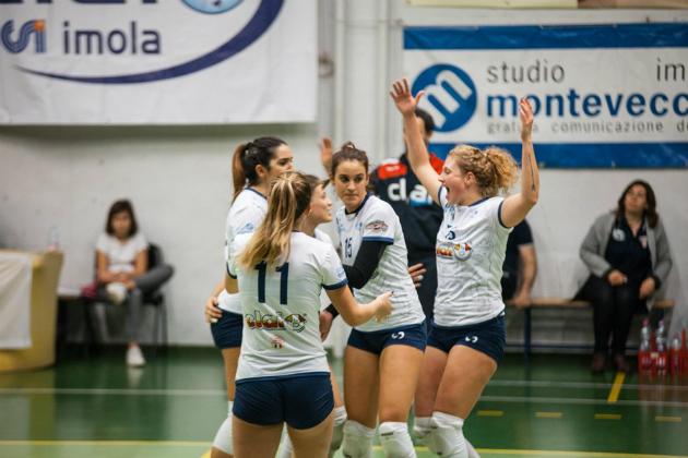 Volley B2 femminile, per la Csi Clai Imola trasferta difficile e vittoriosa a Carpi