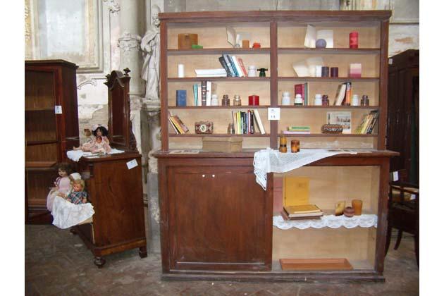Asta di mobili antichi per il carmine sabato sera for Asta mobili antichi