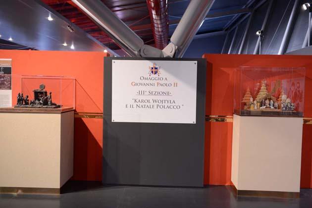 Le prime immagini della mostra sul Papa