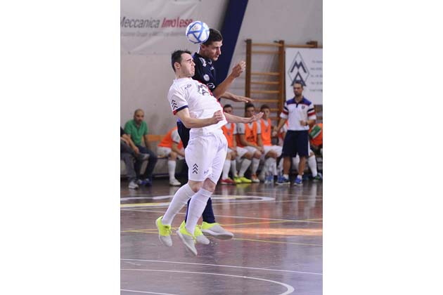 Futsal B: tripletta Drago, Imola va