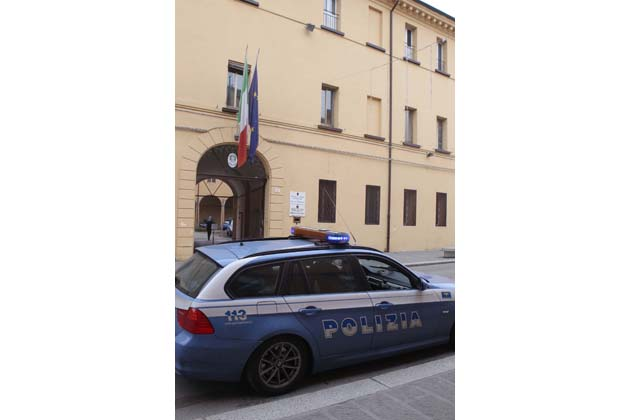 Preso topo d'appartamento in via Rimini