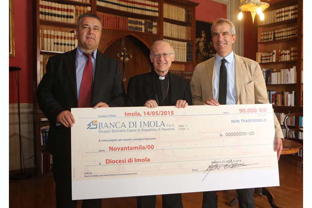 Banca di Imola dona 90 mila euro ai parroci