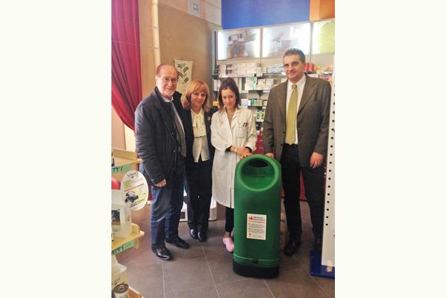 Farmaco Amico recupera 500 kg di medicine