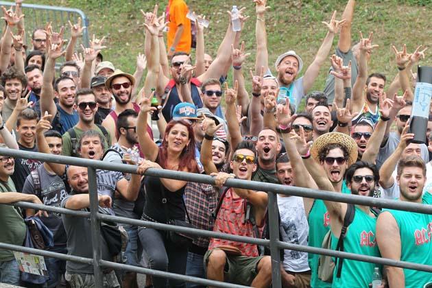 AC/DC a Imola, fan, curiosità, birra e panini