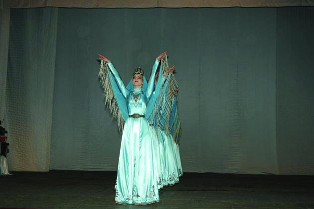 Folklore da Perù, Messico, Kenya e Russia