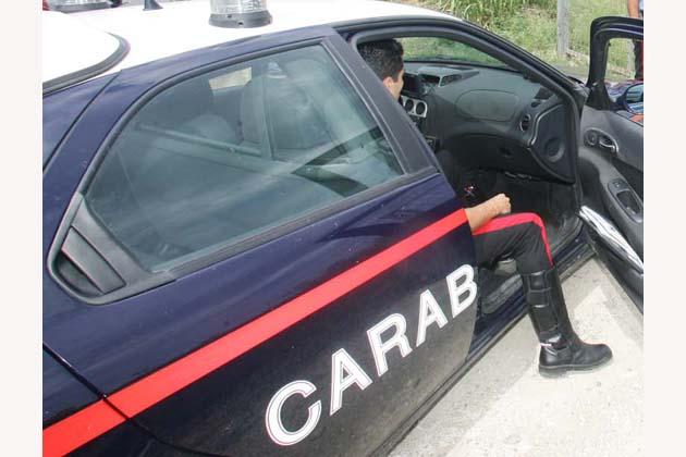 Anziani truffati da finti carabinieri