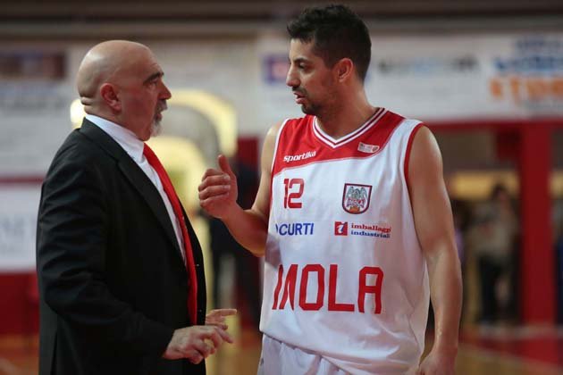 Basket: Andrea Costa in finale