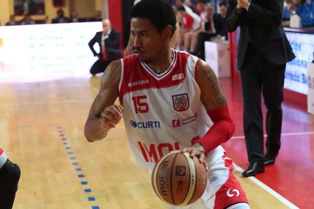 Basket: Andrea Costa e Npc, che difese