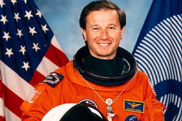 L'astronauta Cheli al radiotelescopio
