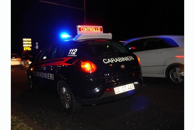 Picchiato per un parcheggio, due arresti