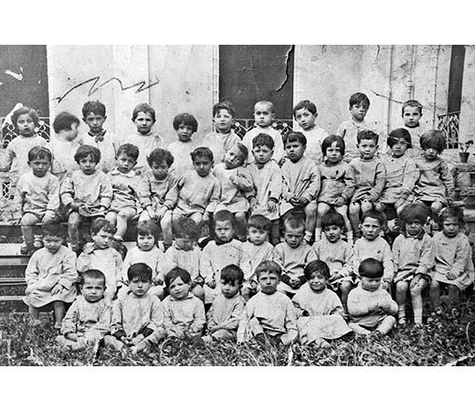 All'asilo, nel 1932