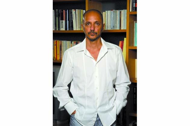 """Giuliano Bugani e """"Il sole contro"""""""