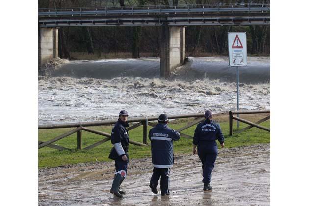 """La """"rete sms"""" che avverte in caso di alluvione"""