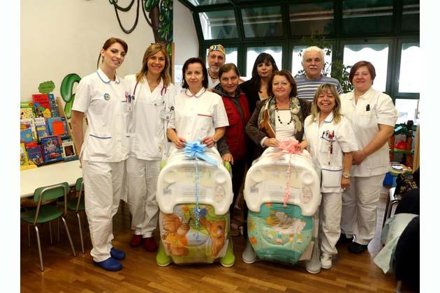 Due nuovi seggioloni per la Pediatria