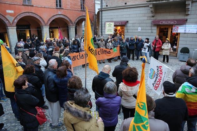 Contro la discarica annunciato Beppe Grillo