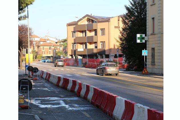 Rotonda Carducci, asfalto e poi l'apertura