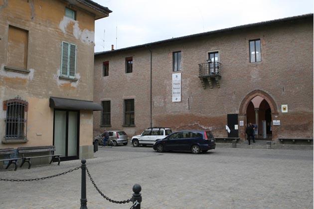 Wi-fi gratis in piazza e biblioteca