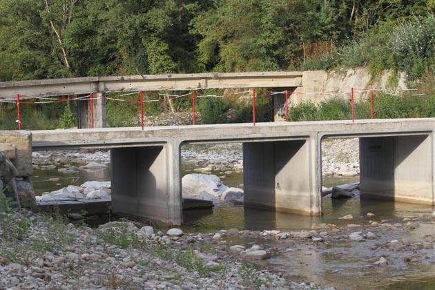Ponte di Macerato, ci sono i soldi per demolirlo