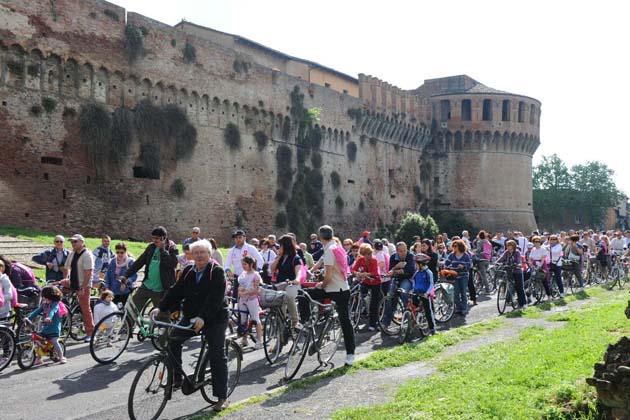 Biciclettata con l'Avis per Ermo Sasso