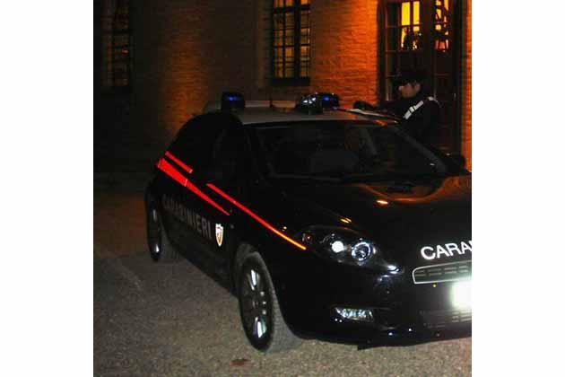 Carabinieri feriti per fermare i ladri di bici