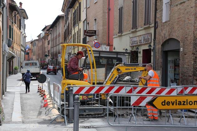 Lavori in via Appia, modifiche alla viabilità
