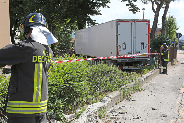 Due incidenti sulla via Montanara