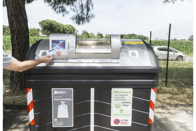 Nuova raccolta rifiuti, dalla sera del 9 la tessera per Marconi, Zolino, Pontesanto, piazza Romagna