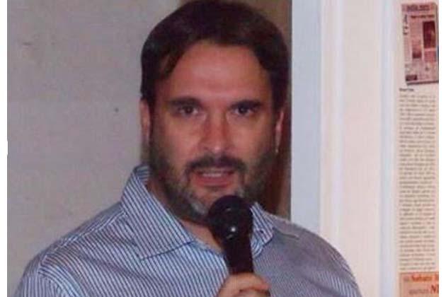 Una busta con tre proiettili inviata al giornalista Manuel Poletti, figlio del ministro del Lavoro