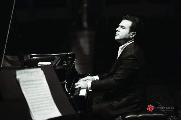 Il pianista Roberto Giordano alla sala Mariele Ventre