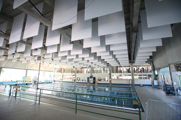 Bando per la piscina, il nuovo gestore dovrà riparare tetto e soffitto
