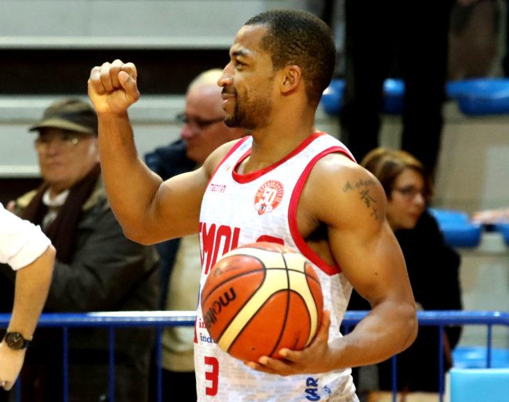Basket A2: ultimo quarto fatale, Imola cede a Ferrara