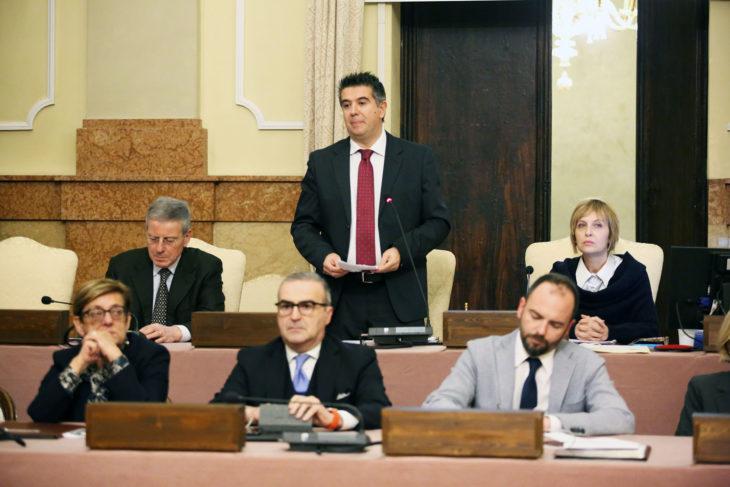 Amministrazione comunale, si è dimesso il sindaco Daniele Manca. Cosa succede