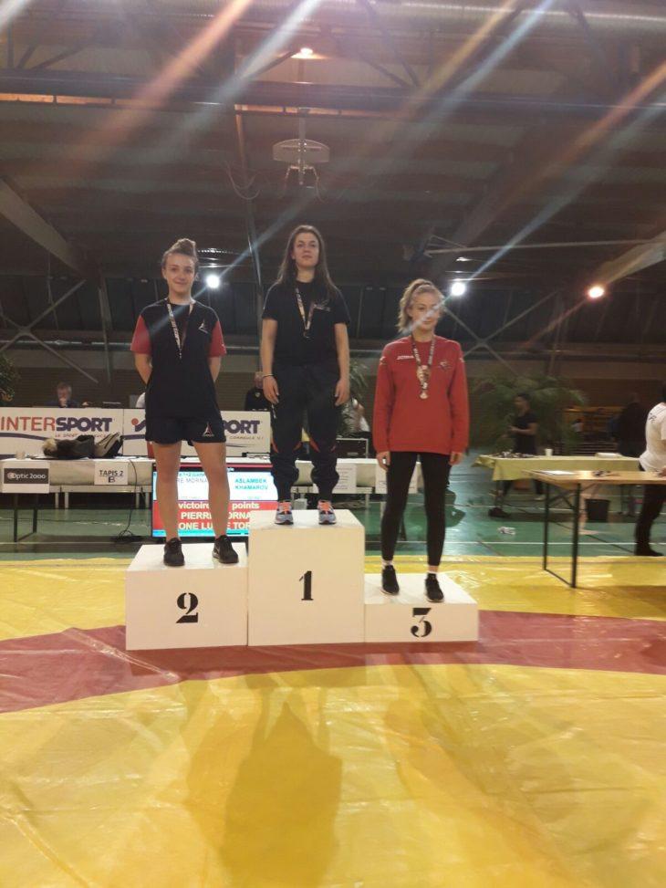 Il primo oro dell'anno dell'Unione sportiva imolese lotta è rosa
