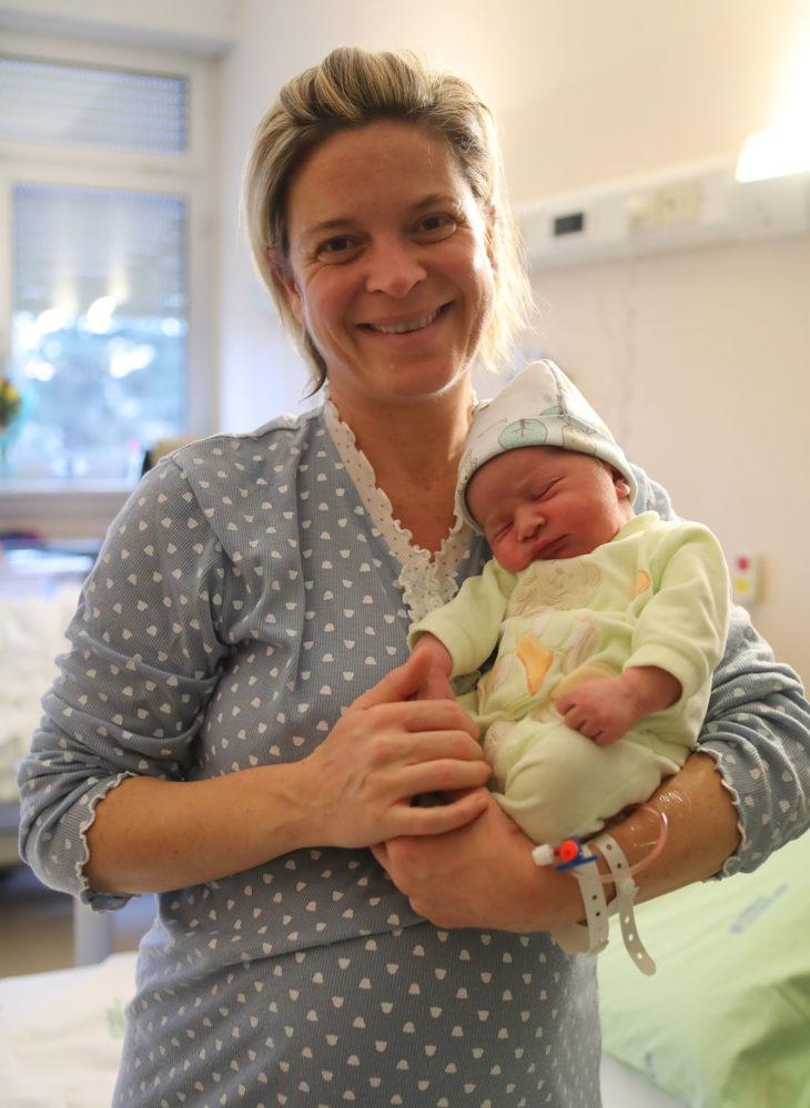Natan è l'ultimo nato del 2017 a Imola, Andrea il primo del 2018
